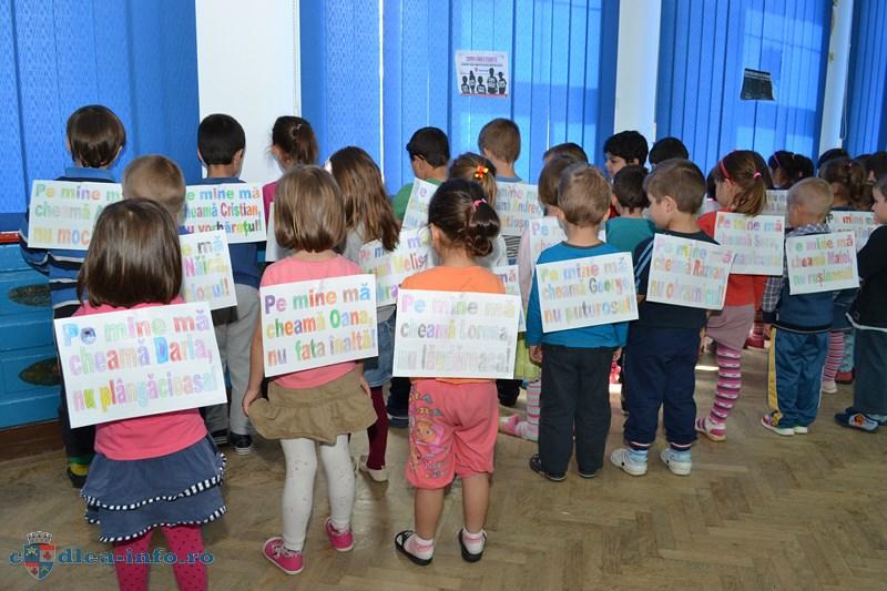 Nu violentei,campanie Copiii fara etichete