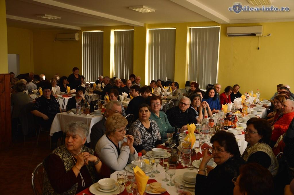 revelionul pensionarilor codlea (2)