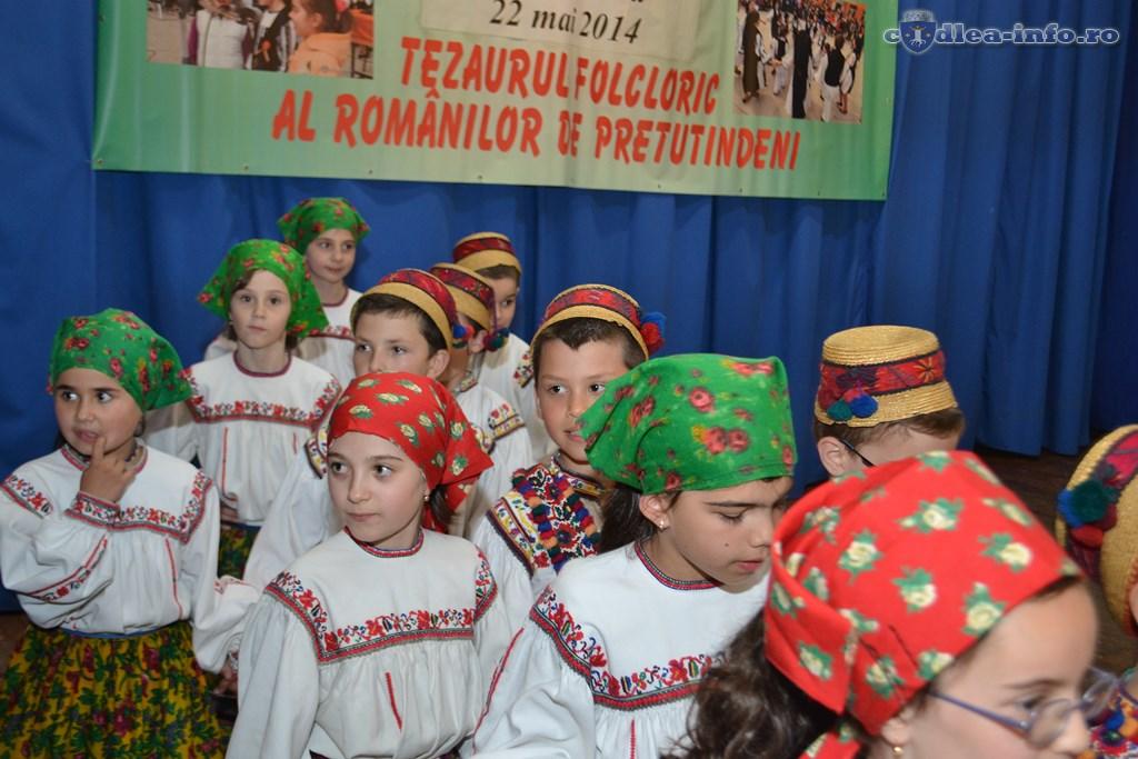 Festivalul Tezaurul Folcloric al Românilor de Pretutindeni (105)