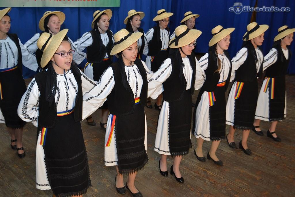 Festivalul Tezaurul Folcloric al Românilor de Pretutindeni (59)