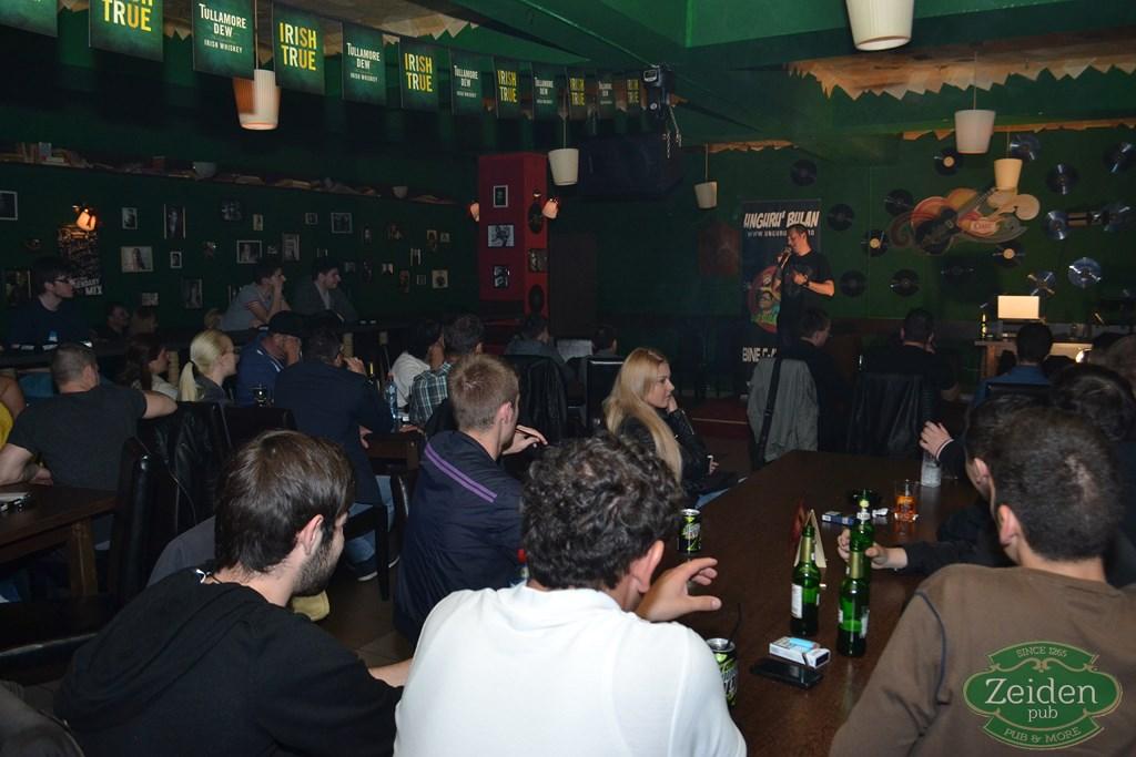 stand up unguru bulan la zeiden pub (15)