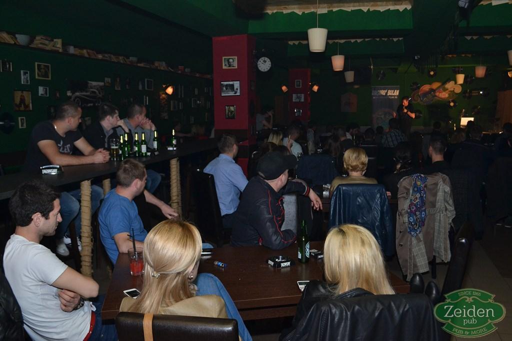 stand up unguru bulan la zeiden pub (17)