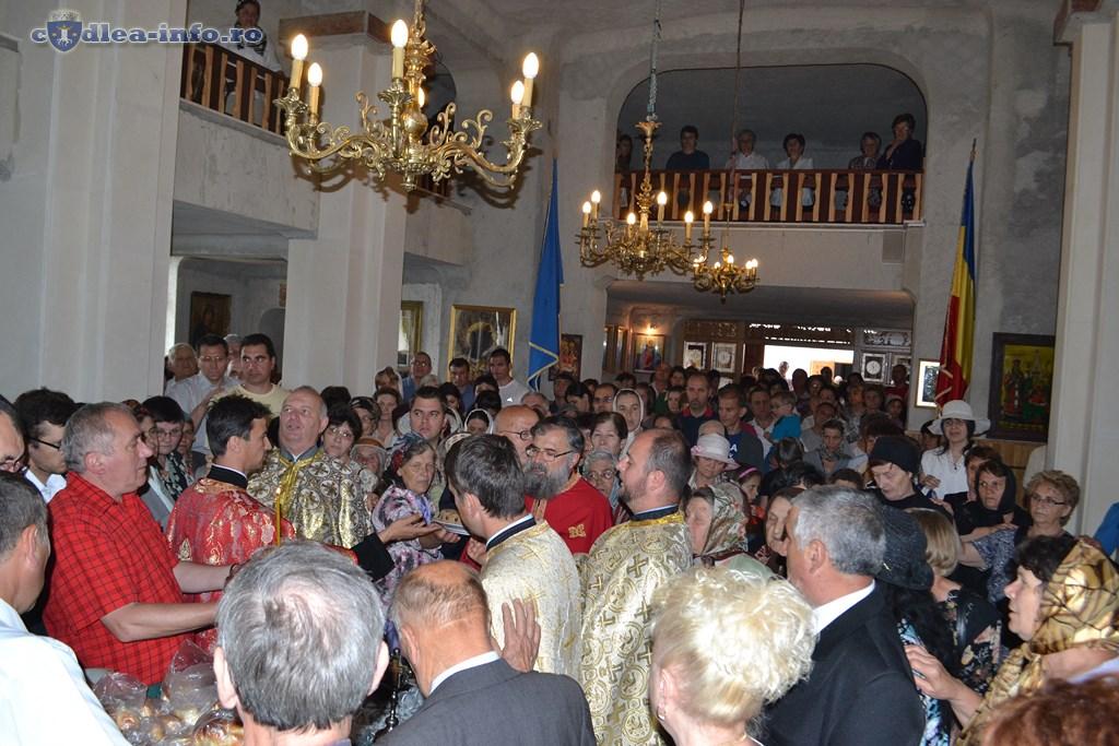 Hramul Bisericii Tututror Sfintilor (59)