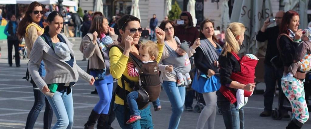 mamici si bebelusi flashmob (Copy)