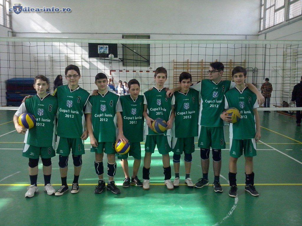 echipa volei baieti codlea (2)