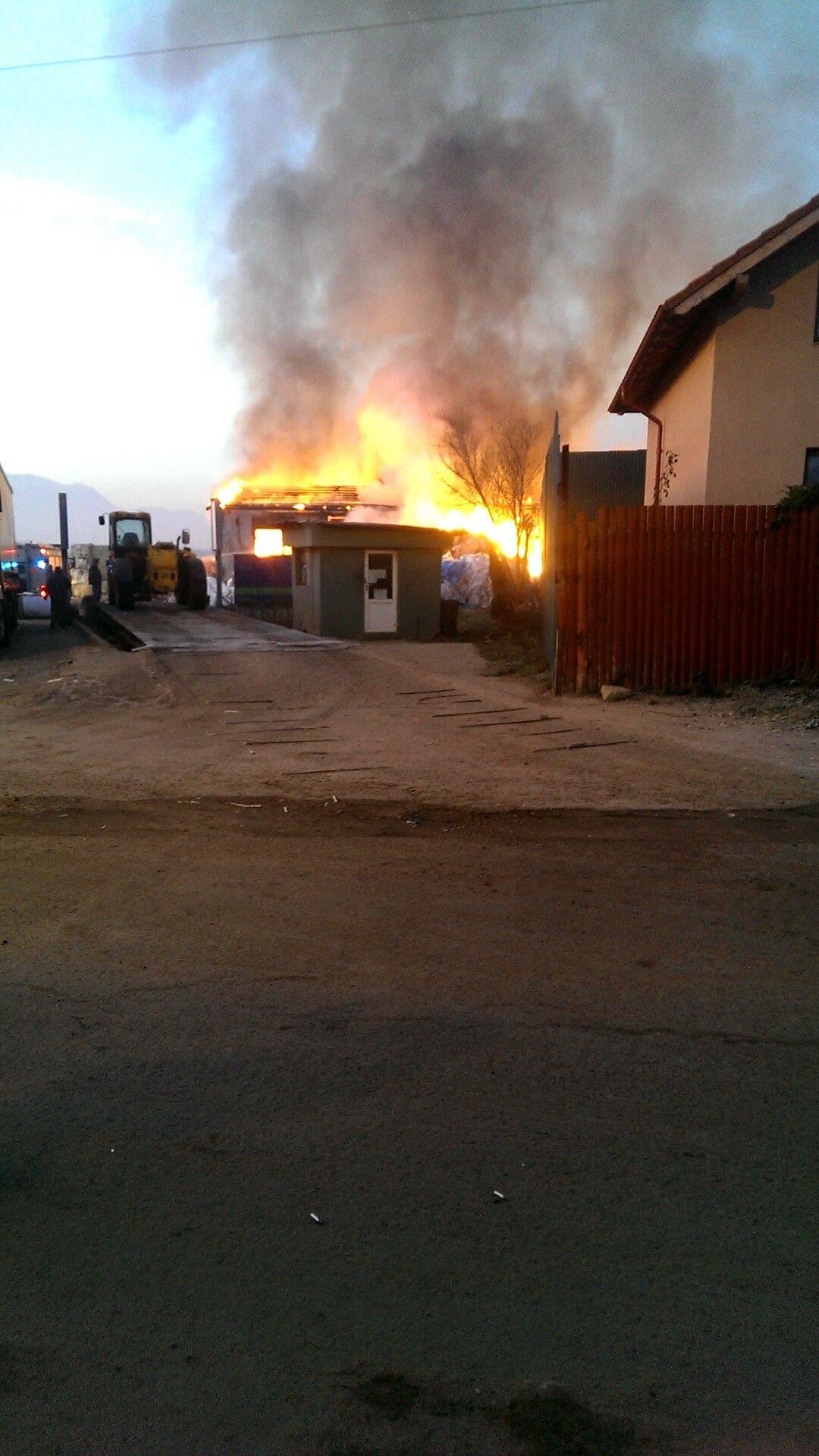 incendiu_silnef_codlea-6
