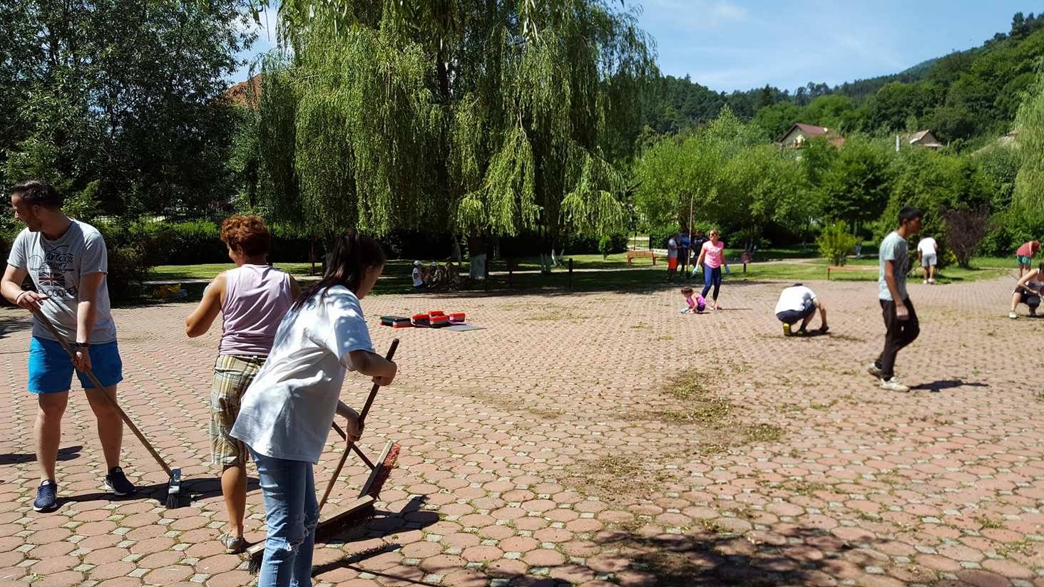 voluntariat-parcul-cu-soare (4)